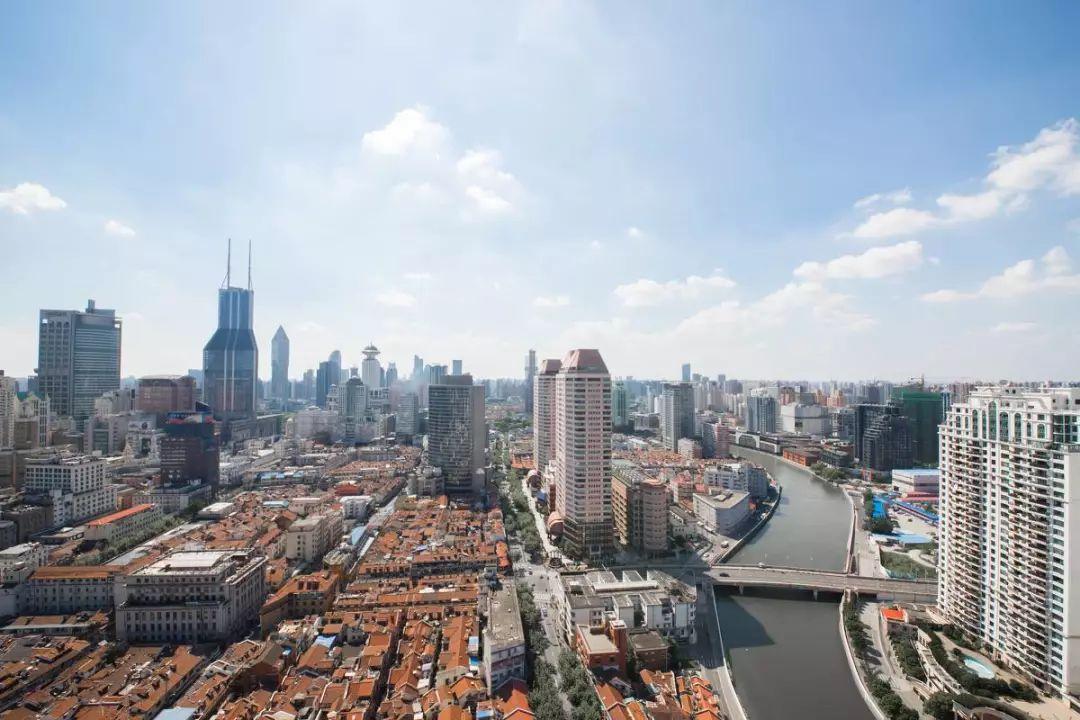 上海城里看不到上海人了 上海人都去哪了?